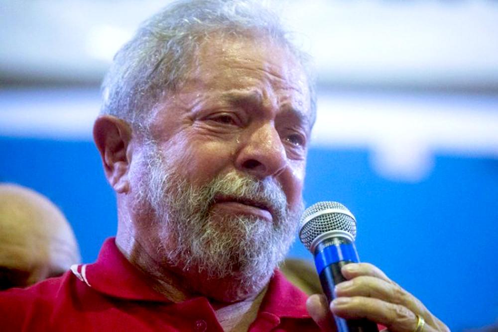 Resultado de imagem para Lula acredita ser a reencarnação de todos os pobres do país
